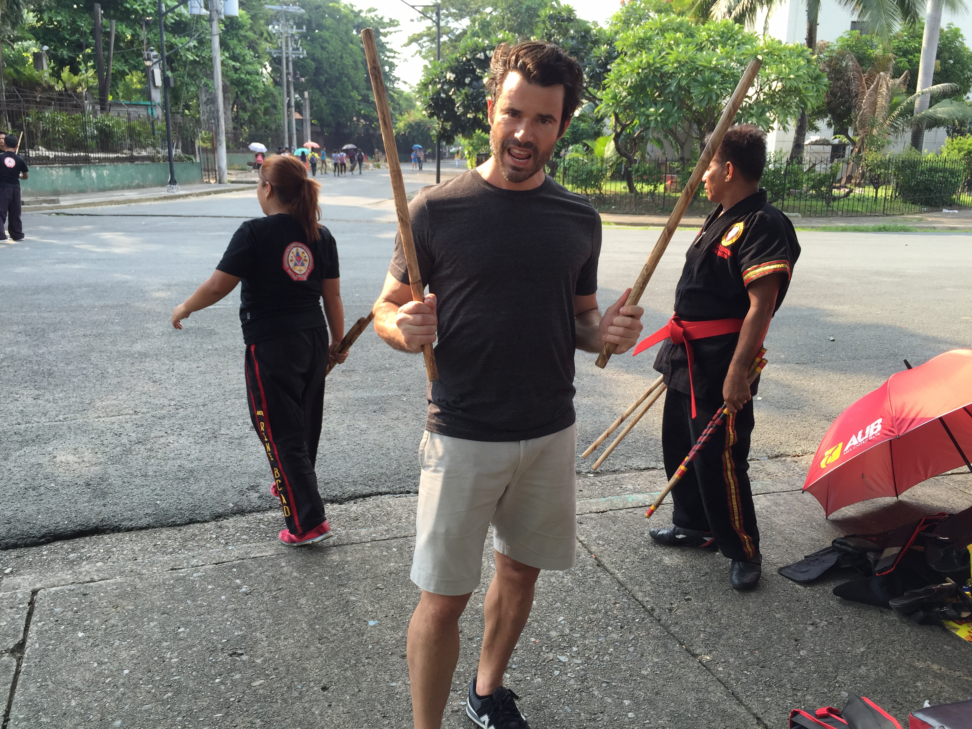 This is a fascinating and truly Filipino activity - Arnis! Antonio tried arnis in Luneta.